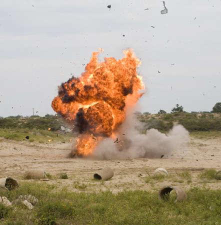 그것은 공기에서 부품을 분해 차량 폭탄 후 스톡 콘텐츠
