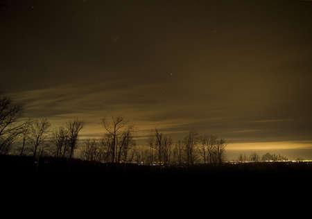 winchester: Stelle e nuvole sopra la citt� di Winchester in Virginia in inverno
