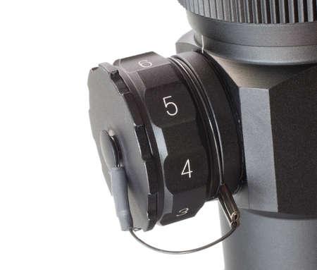 riflescope에서 레티클 밝기를 조정하는 조감도