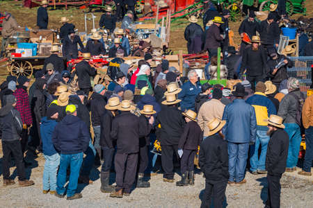 Gordonville, PA, USA - March 10, 2018: A large crowd gathers at the annual Lancaster County Mud Sale at the Gordonville Fire Company. 報道画像