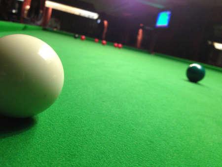 9 ball: Snooker