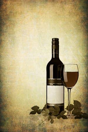 botella de licor: Botella de vino tinto con vidrio sobre fondo de grunge con textura