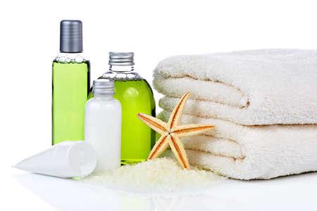 dermatologo: Asciugamano e cosmetici di cura della pelle Archivio Fotografico