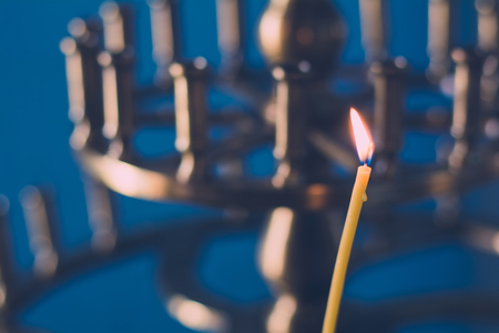 simbolos religiosos: Religious church candle in temple for prayer