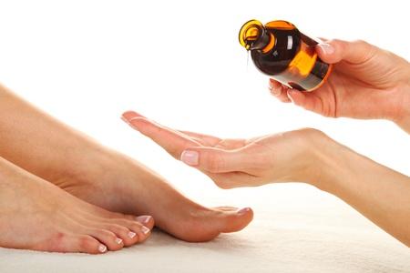 massage jambe: Photo des soins de beaut� - Massage des pieds