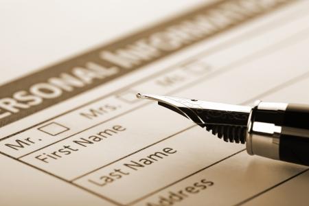 Füllen Document Form - Papierkram, Büro-, Geschäfts Standard-Bild - 18228372
