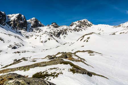 despite: Winter mountains tatras, despite the advent calendar spring still firmly holds.