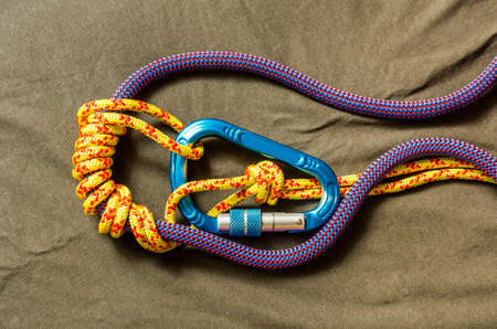 Friction knot self-locking knot used in climbing - Autoblock.