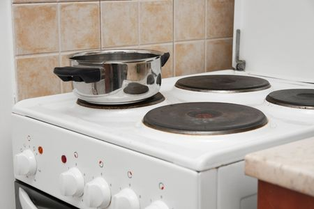 Dish on the electric stove Reklamní fotografie