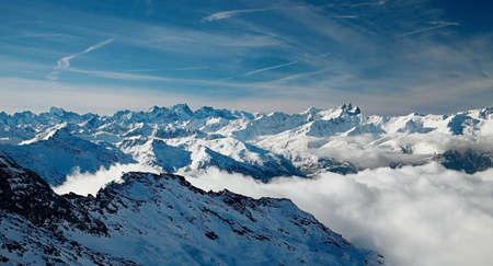 High mountain range in winter Stock Photo - 11840578