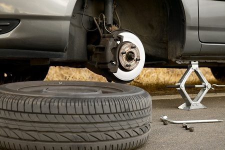 Changing wheel on a car 写真素材