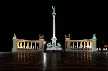 Heroes Square monument in Budapest, Hungary photo