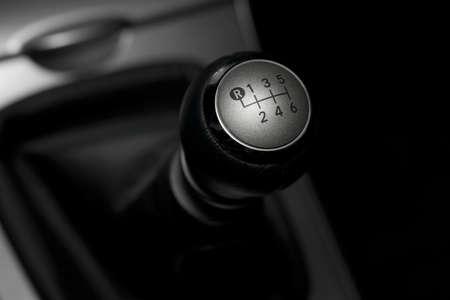 gearstick: 6 speed gearstick of a car