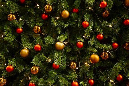 Decoración del árbol de Navidad de cerca Foto de archivo - 24691186