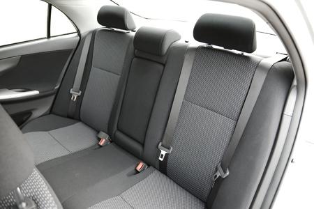 Interior del coche con los asientos traseros Foto de archivo - 25174061
