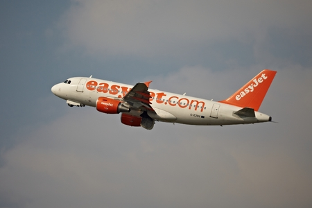liszt: BUDAPEST, HUNGARY - MAY 5: EasyJet A319 taking off Budapest Liszt Ferenc Airport, May 5th 2014. Easyjet is the second largest low-cost airline of Europe.