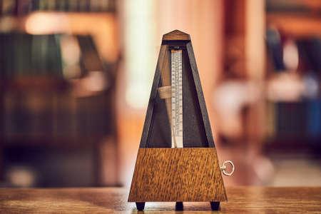 Old Classic Metronome 版權商用圖片