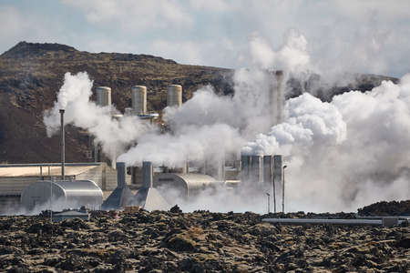 Geothermal power plant Фото со стока