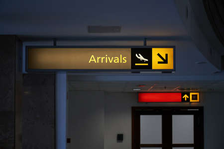 Arrivals airport sign