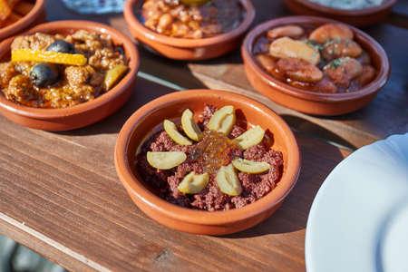 Tapas served in many small plates Stockfoto