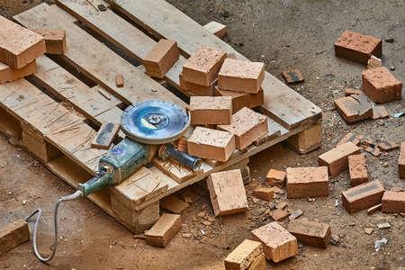 Brick House Construction, Cutting bricks