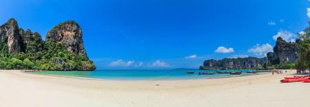 railey: Vista panoramica della spiaggia di Railay a Krabi, Thailandia
