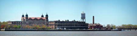 Panoramisch zicht op Ellis Island