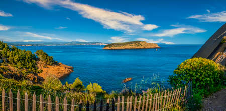 Magnificent Green Island off La Ciotat