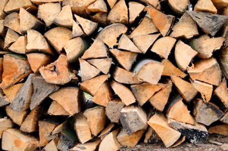 biomasa: Le�a Una pila de le�a de madera