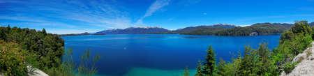 バリローチェ、アルゼンチン、パタゴニア、南アメリカの近くに、ナウエル ・ ウアピ湖のパノラマ ビュー