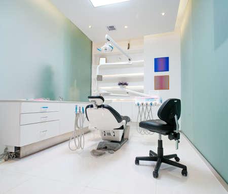 dentista: El interior blanco de una oficina de dentista dentista oficina