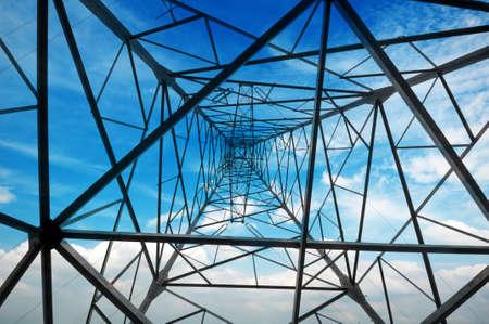 hoge spanning na de High-voltage toren hemel achtergrond