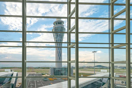 air traffic: Air traffic control tower