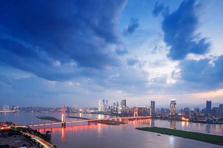Vista nocturna de Shanghai Foto de archivo