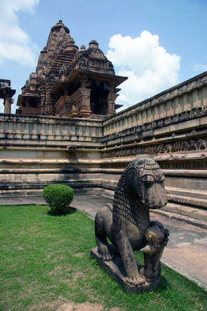 khajuraho: Vista de los templos de Khajuraho, India Foto de archivo
