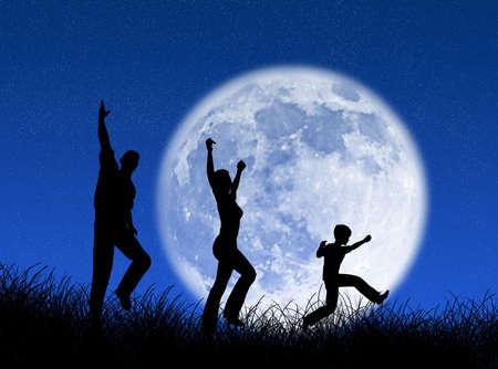 Familia feliz corriendo y saltando a la luna