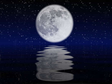 海に映った月の星空の夜