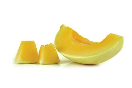 cantaloupe: cantaloupe isolated on white background