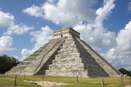"kukulkan: The Kukulkan Pyramid in Chichen Itza which known as ""El Castillo"" (the castle), Mexico"