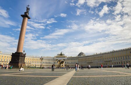 column arch: SAINT-PETERSBURG - AUGUST 20: Panorama of Palace Square on August 20, 2013, SAINT-PETERSBURG, RUSSIA. Alexander Column and Arch of the General Staff in the Palace Square, symbol of Saint-Petersburg