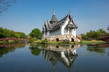 samut prakan: Sanphet Prasat Palace in Samut Prakan province, Thailand Editorial