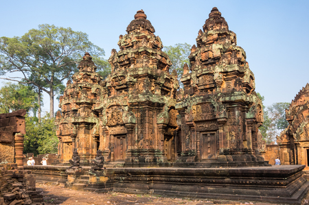 hindu god shiva: Banteay Srei or Banteay Srey is a 10th-century Cambodian temple dedicated to the Hindu god Shiva. Located in the area of Angkor in Cambodia Stock Photo