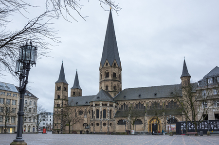 The Bonn Minster is a Roman Catholic church in Bonn, Germany. It is one of Germany's oldest churches, having been built between the 11th and 13th centuries 에디토리얼