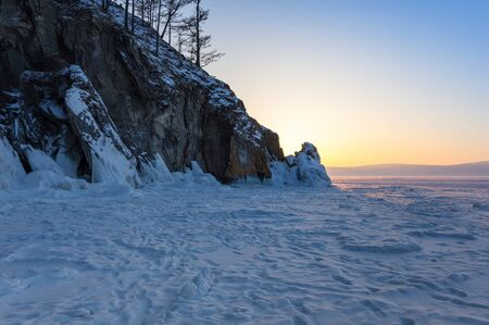 The coast of Olkhon Island on Lake Baikal in winter, Siberia, Russia Stok Fotoğraf