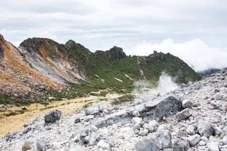 The crater of volcano Sibayak on island Sumatra, Indonesia Standard-Bild - 133699116