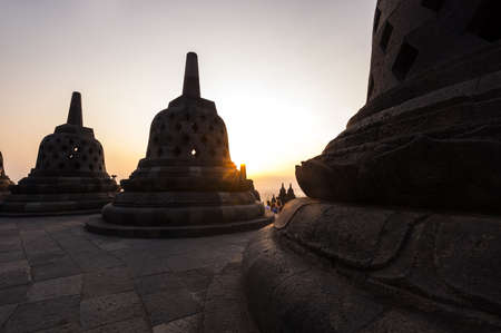 Borobudur, or Barabudur is a 9th-century Mahayana Buddhist temple in Central Java, Indonesia. It is the world's largest Buddhist temple. 新闻类图片
