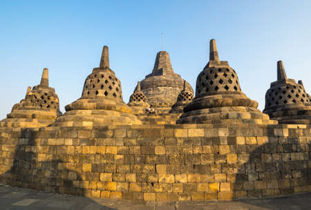 Borobudur is 9th-century Mahayana Buddhist temple in Central Java, Indonesia. The monument is the most visited tourist attraction in Indonesia 免版税图像 - 159341672