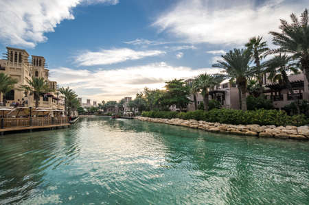 DUBAI, UNITED ARAB EMIRATES - 05 DECEMBER, 2018: Madinat Jumeirah the Arabian Resort - Dubai is a 5 star resort in Dubai, United Arab Emirates 新闻类图片