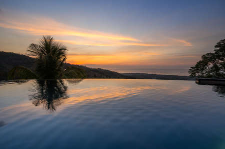 View of the swimming pool in the hotel on island Bali, Indonesia Banque d'images