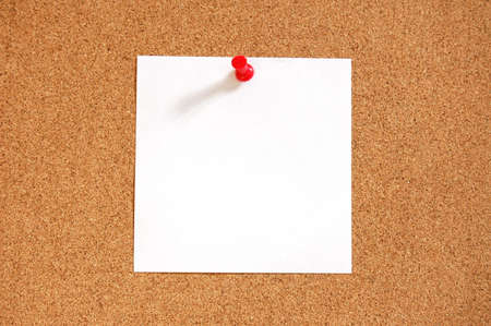 blank sheet paper with copyspace and pin on bulletin board Stock Photo - 5174533